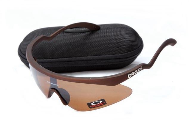 Oakley razor blade new sunglasses in dark brown and VR28